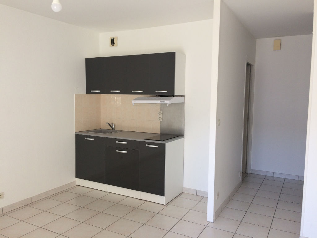 appartement-fontenay-le-comte-2-piece-s-40-m2